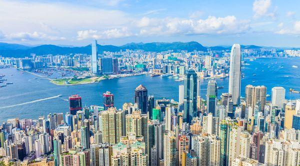 饭店算gdp_五一访港旅客仅361人、4星级酒店只要190元,香港一季度GDP大降8....