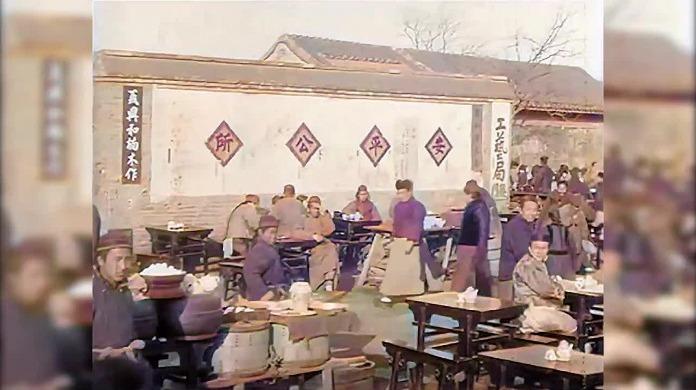 100年前北京晚清的影像 网友用人工智能完成修复上色