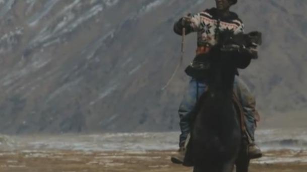 吉尔吉斯斯坦被称为游牧之国 曾是车队在丝路上的中转站