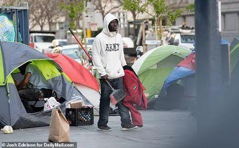 疫情致美国旧金山帐篷激增300%,到处是针头、粪便