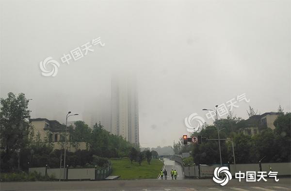 重庆多地履历5月以来最凉快一天 明日重启升温模式