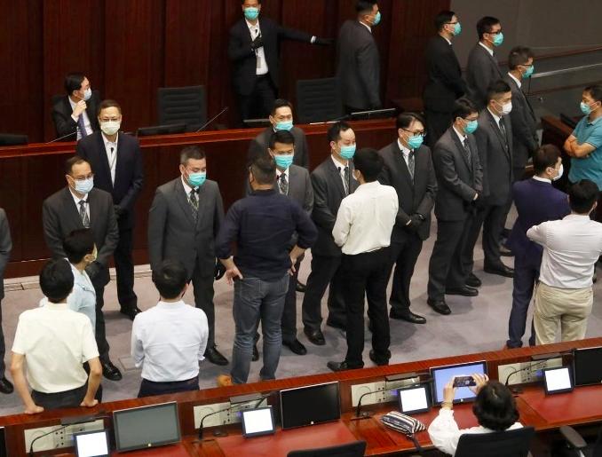 香港立法会内委会主席投票结果出炉:李慧琼当选