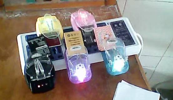 当手机品牌为电池绞尽脑汁时,用户们想起了十年前的科技