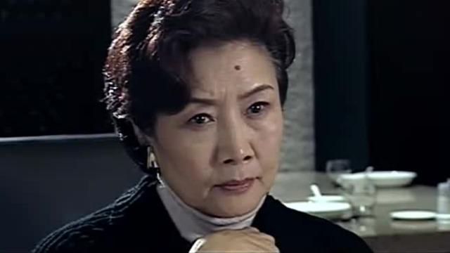 猎狐:乔芷风十分崇拜王西平 竟以探讨学术为由请他吃饭