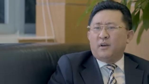 李先生坚持告汽车公司 裴总开始威胁他!