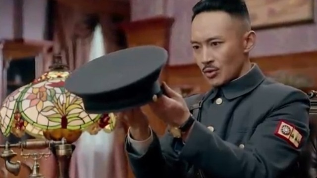 蒋介石彻底走上了新军阀道路 军中将领陈铭枢投靠蒋介石