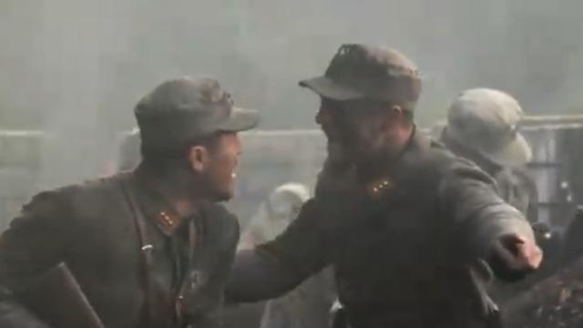 壮士出川:城墙被小鬼子炸出了缺口 张抗率领士兵进行支援