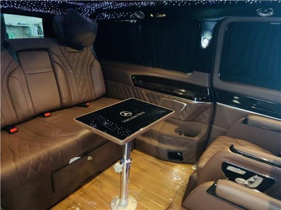 奔驰V260L改装定制版 迈巴赫VS680版豪华商务