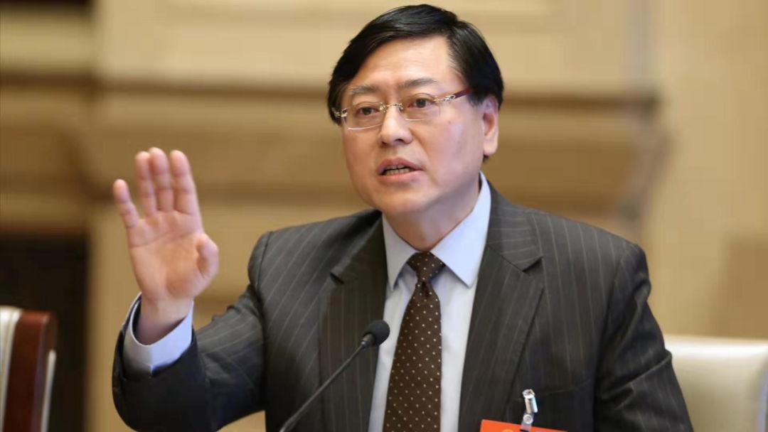 【暗黑币】_杨元庆代表:希望失业者到联想工厂工作 同事甚至把招聘桌放大街上