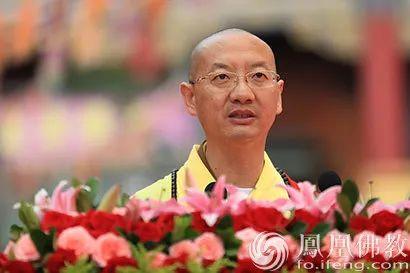 全国政协委员崇化法师(图片来源:凤凰网佛教)