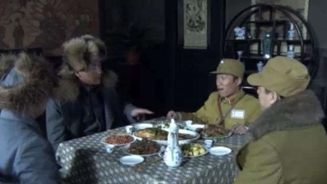 白一平频频请大鹏喝酒 有意向他展示国民党的实力