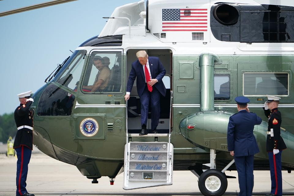 美国总统特朗普抵达发射场