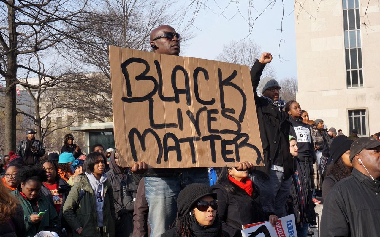 美国种族歧视的历史由来已久。