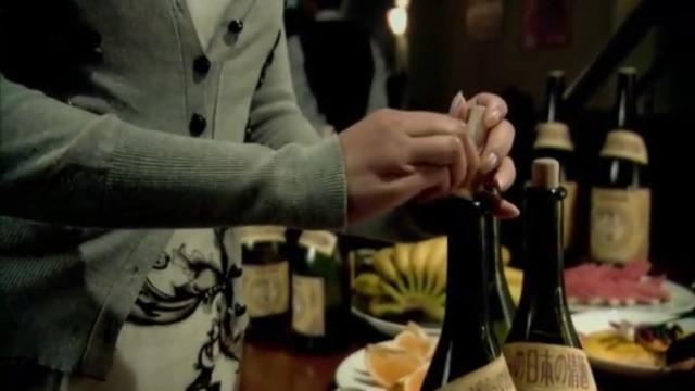 旗袍:尚小兰在日本人酒里下药 胆子真是太大了!