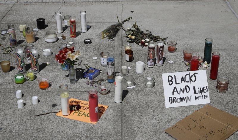 【晋江免费夫妻大片在线看】_美加州男子携带锤子被误认为手枪 遭警察射杀