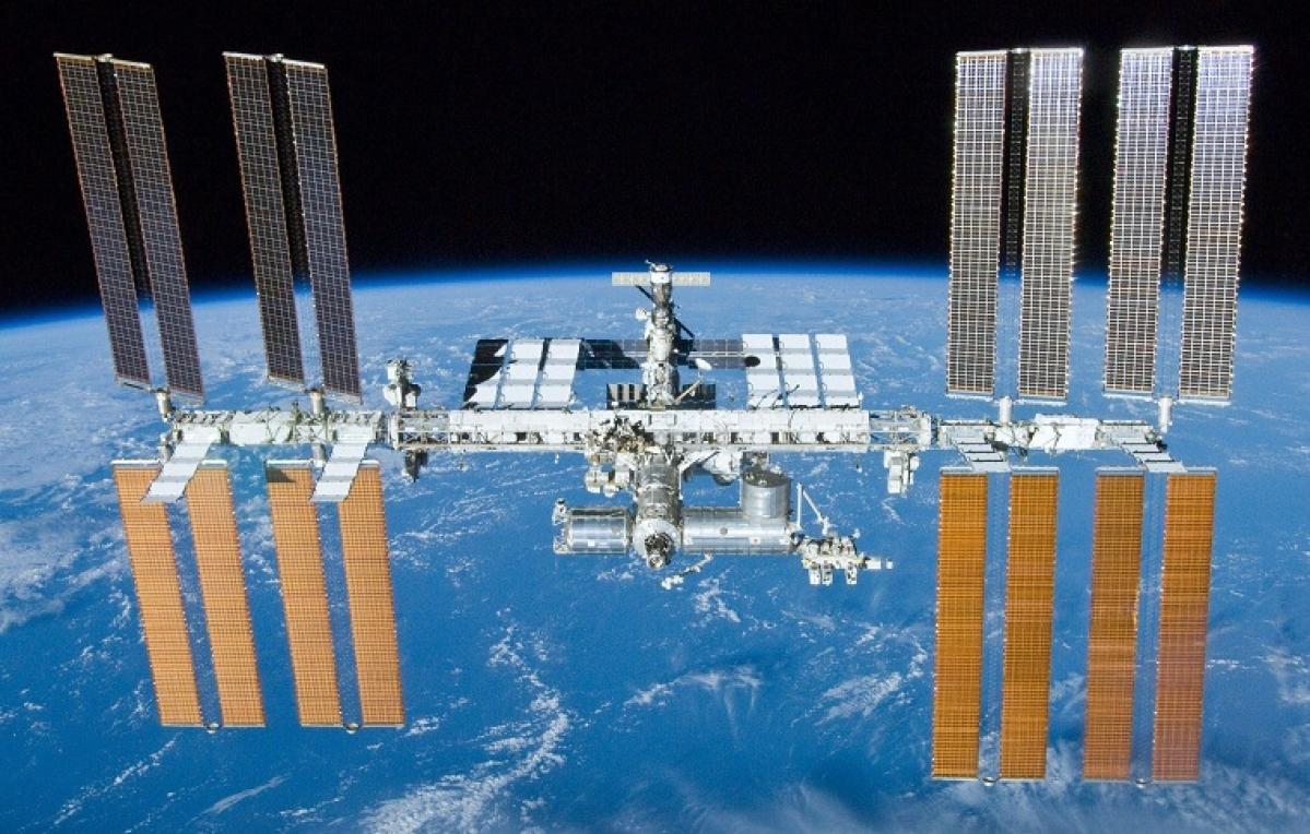 在地球轨道上运行的国际空间站