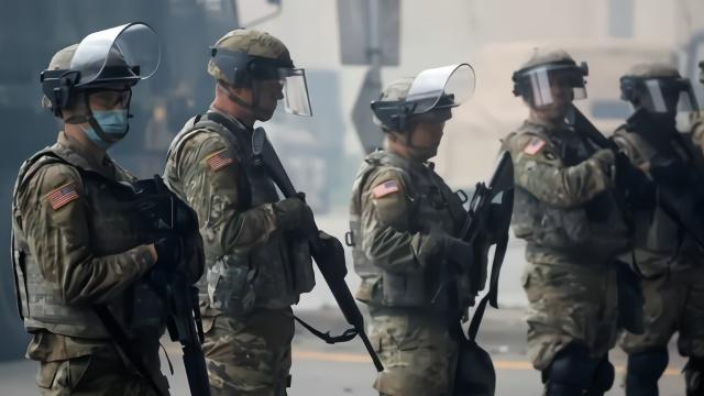 """美国国民警卫队只是""""民兵""""?别搞错!它实力强大,历史最悠久"""