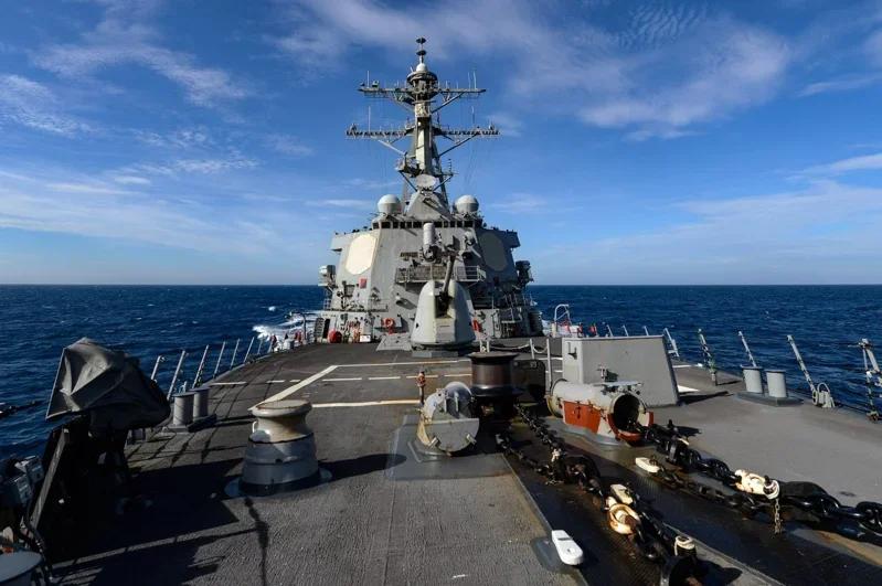 美军第七舰队在脸书公布美军舰穿越台湾海峡(图片来源:台媒)