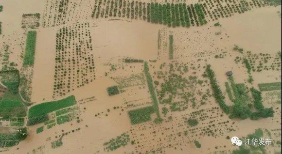 【公牛通讯】_湖南江华遭遇超50年一遇暴雨袭击 造成1死4失联