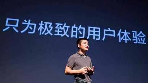"""从 """"万元""""到 """"千元"""":5G 手机这一年"""