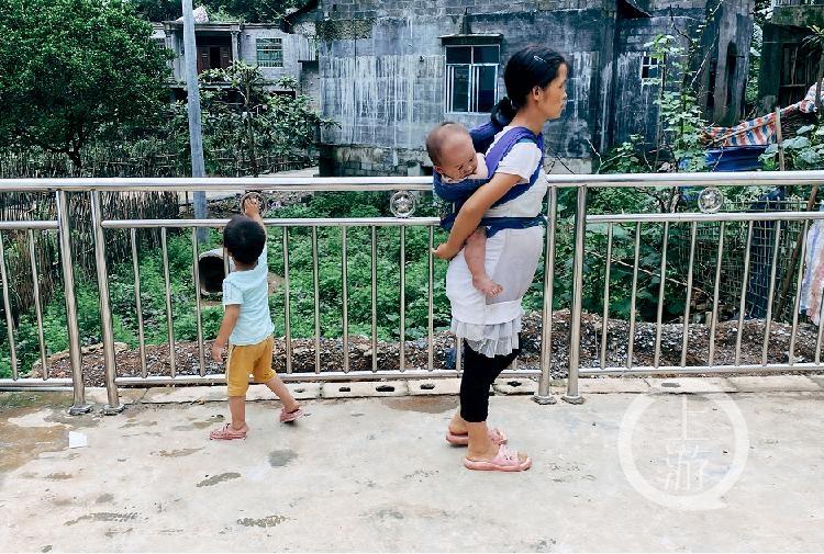 【武汉播播影院培训】_广西九个娃的父亲:过两个月就生老十了,再多就太累了