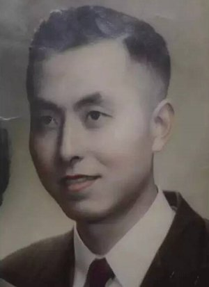 ▲1958年,年轻时的杨维骏。