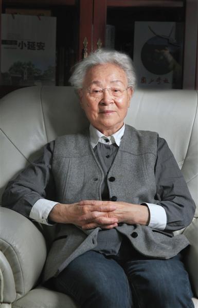 几十年的甘苦荣辱,对于88岁的刘爱琴来说,都已淡然。 新京报记者 尹亚飞 摄