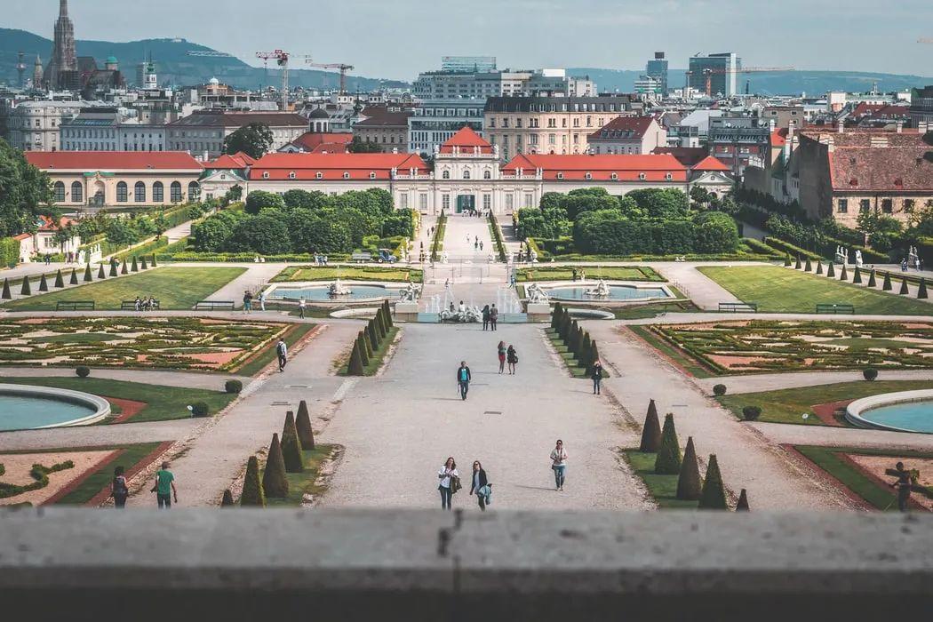 △丽城宫在维也纳 /unsplash
