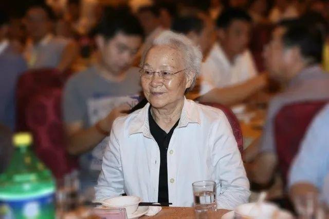 【亚洲天堂案例分析】_刘少奇长女去世:从小被卖做童养媳,中年家破人亡,遗愿让人泪目