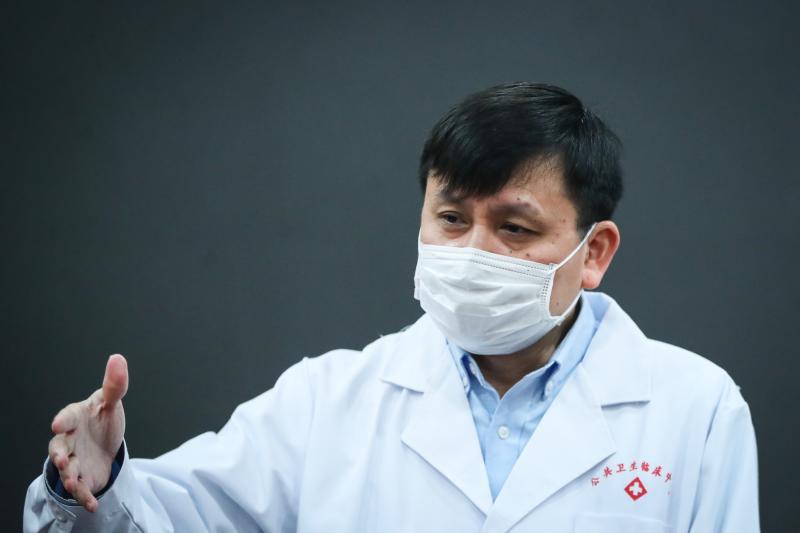张文宏最近也在想:为什么这么多人听我说话?(图)