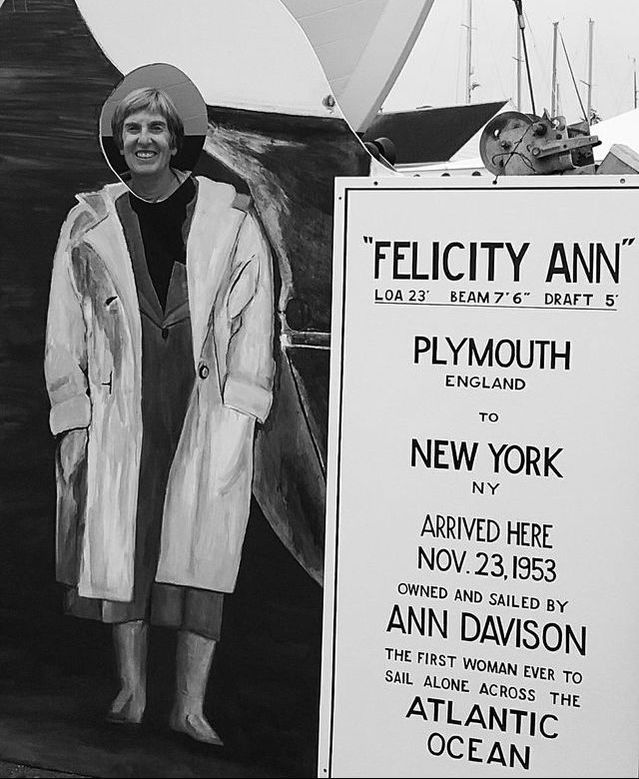 她第一位单身横渡大西洋的女性。