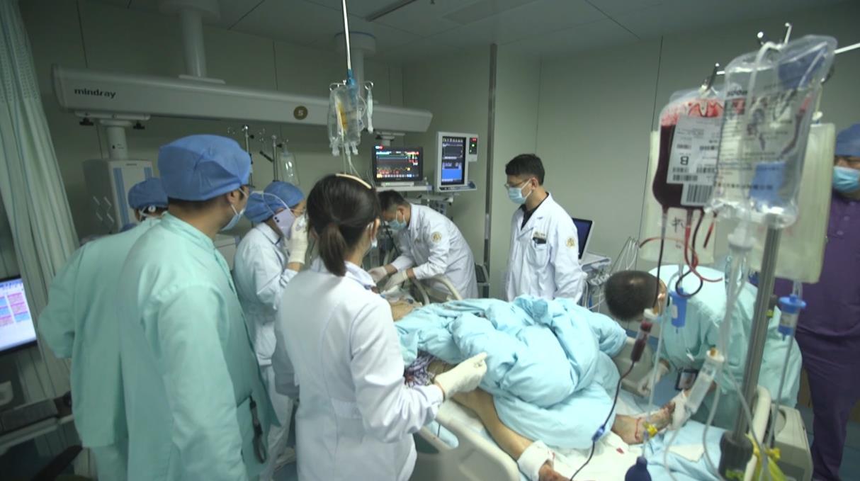 浙江温州油罐车发生爆炸已致19人遇难 172人住院治疗