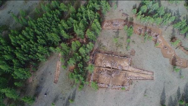 M189 及陪葬墓航拍全景