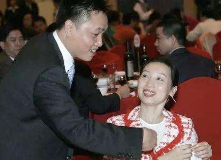 51岁黄光裕出狱:12年前身价430亿的他,得罪了谁?