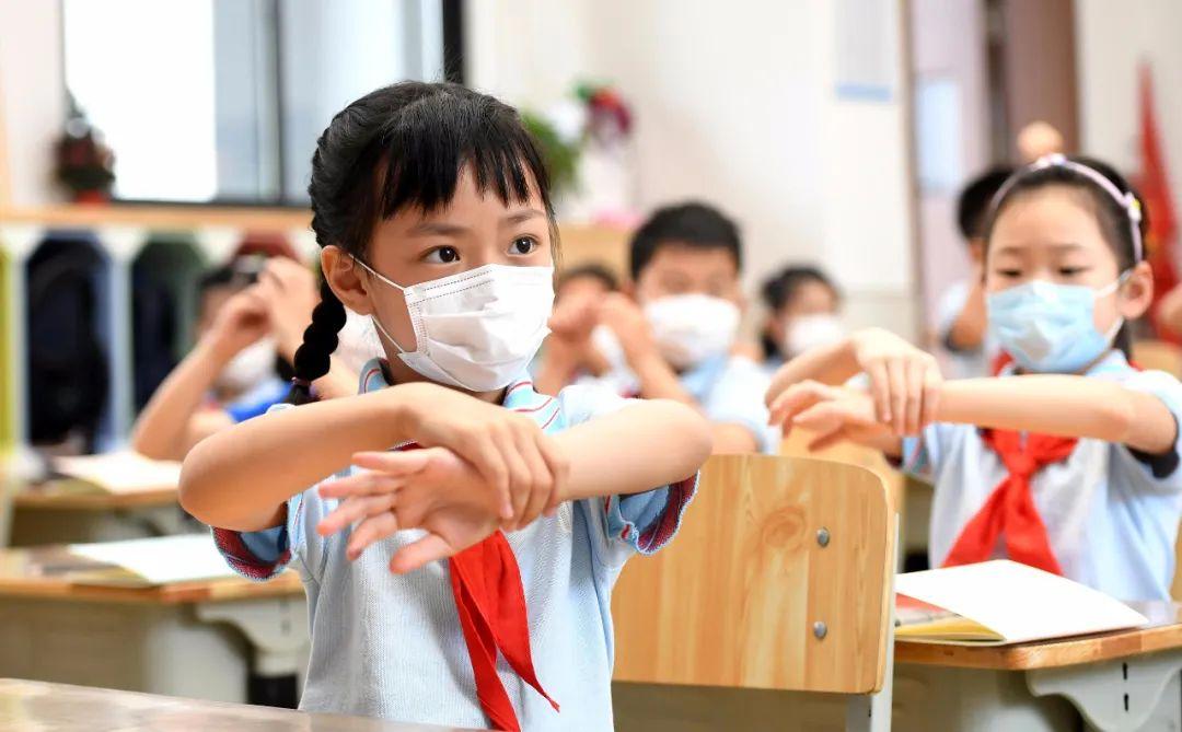 """1033万人!全国近1/10小学生都在广东!分布在哪?这两座城市""""逆袭""""插图"""