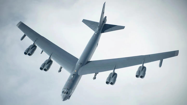 美国空军装备的B-52轰炸机