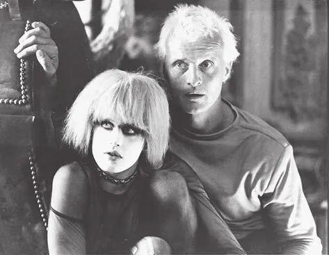 达丽尔·汉纳与罗特格尔·哈尔,电影《银翼杀手》,莱德利·斯科特导演,1982