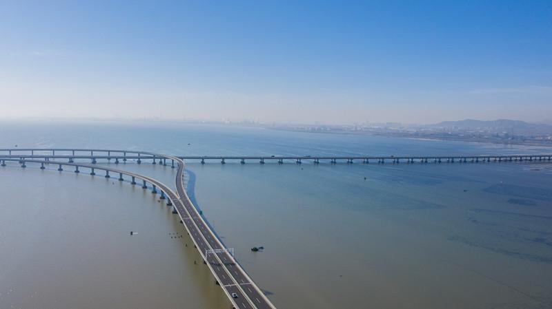 岛城的桥| 人走桥上 梦萦岛城