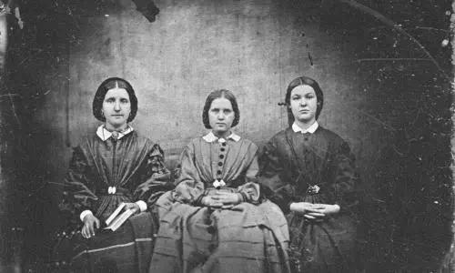 勃朗特三姐妹(夏洛蒂、艾米莉、安妮),英国作家
