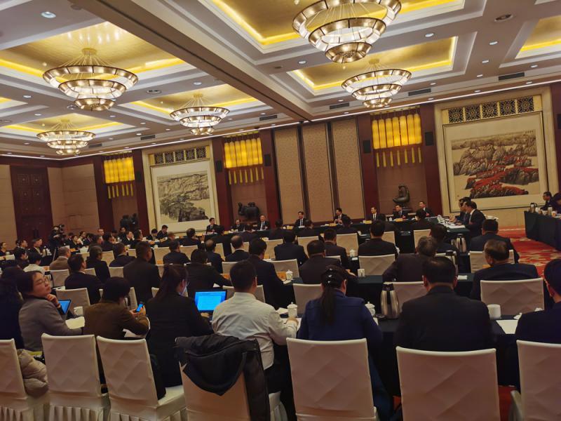 图:山西省政协十二届三次会议联组讨论会议 大公报记者杨奇霖摄