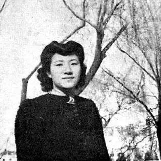 苏青(1914-1982),原名冯和议,中国作家、剧作家