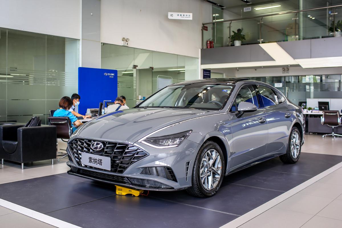北京现代第十代索纳塔实车到店 将于7月22日正式上市