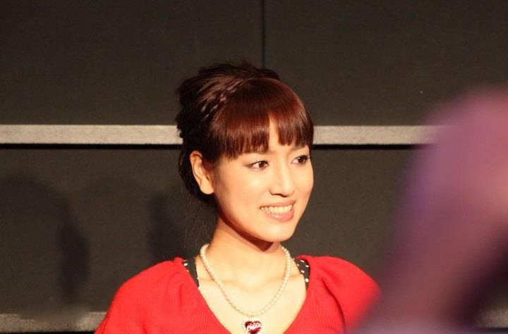 44岁日本声优池泽春菜宣布结婚丈夫为圈外人
