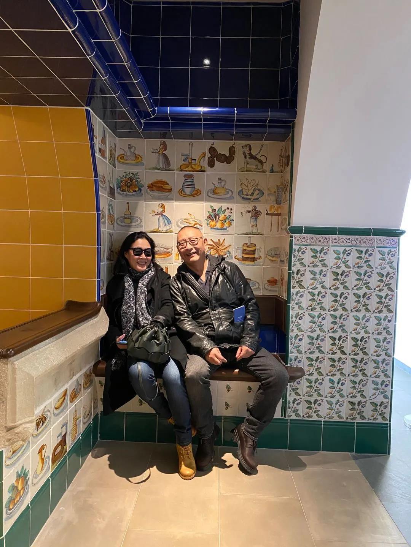 太酸了!大叔卖房与妻子旅居西班牙