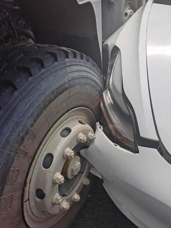 特斯拉回应 Model 3 自动驾驶撞上渣土车:技术未达到完美状态