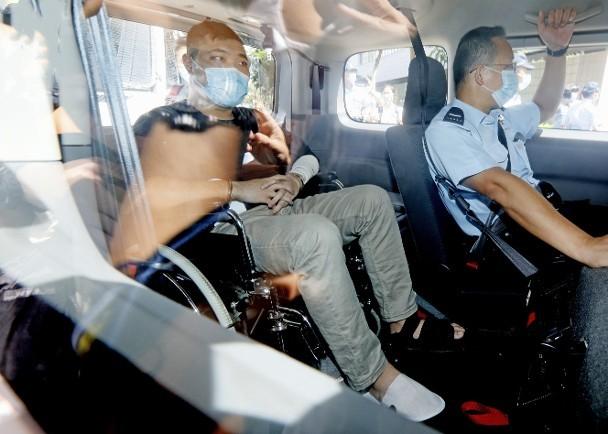 【死链接检测】_男子骑车撞警还违反香港国安法,被拒绝保释