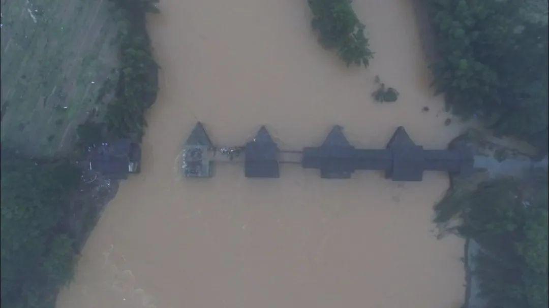 【网页优化】_江西婺源:全网寻找被洪水冲走的彩虹桥相关木构建线索