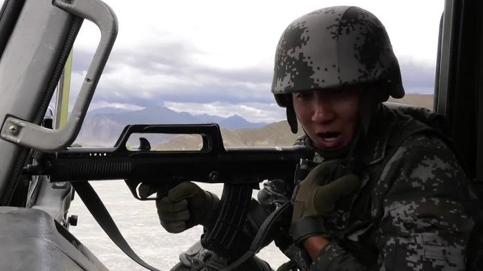 昼夜不停!西藏军区战时运输投送演练