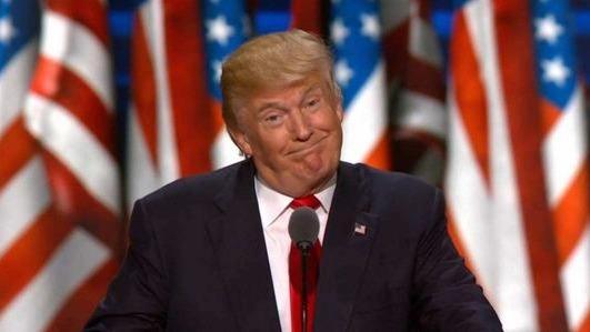 """服软了?特朗普做了个""""挑战自我""""的重大决定"""