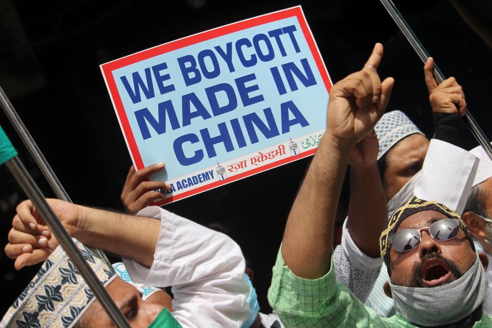 【樱桃小视频培训网】_印度人要砸自己饭碗?美媒:除了中国,谁还能提供这么多工作